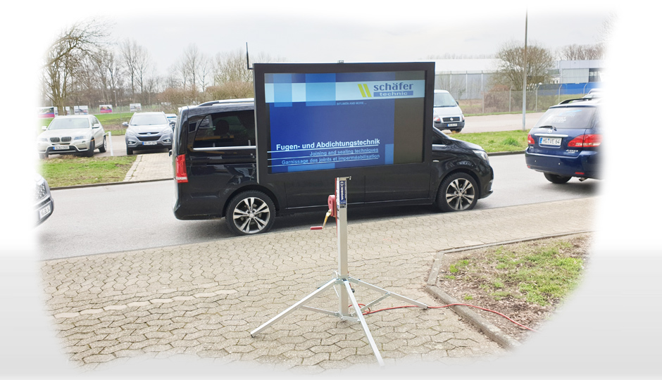 Outdoor Touch-Terminal 55 Zoll